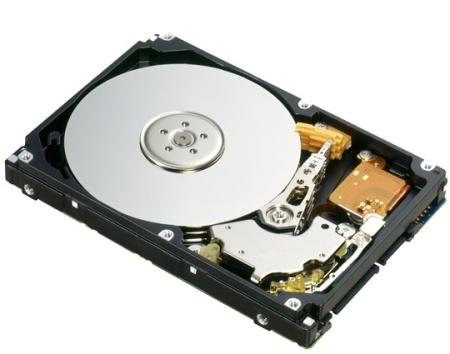 FUJITSU HDD SATAII 2.000GB 7.2k business critical belegt 8,9cm 3,5 Zoll Einbauplatz intern unterstuetzt NCQ und 3Gb/s inkl Kabel