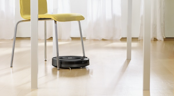 iRobot Roomba 696 Robot Süpürge