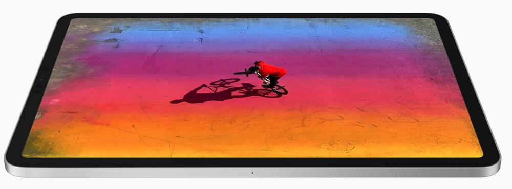 Yeni Liquid Retina ekran.  Her köşesi bir teknoloji harikası.