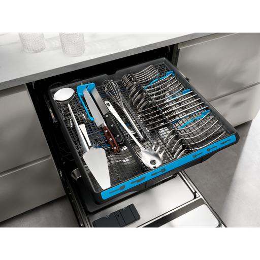 Tüm mutfak araç gereçleriniz için derinlemesine temizlik sağlar