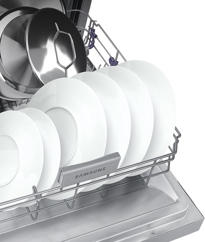 Az miktardaki bulaşıkları yıkarken zaman ve enerjiden tasarruf edin