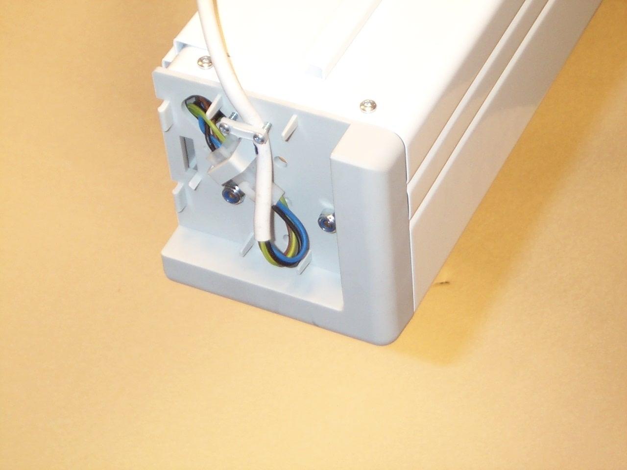 Projecta Elpro Electrol 180x180 Matte White M 1:1 schermo per proiettore