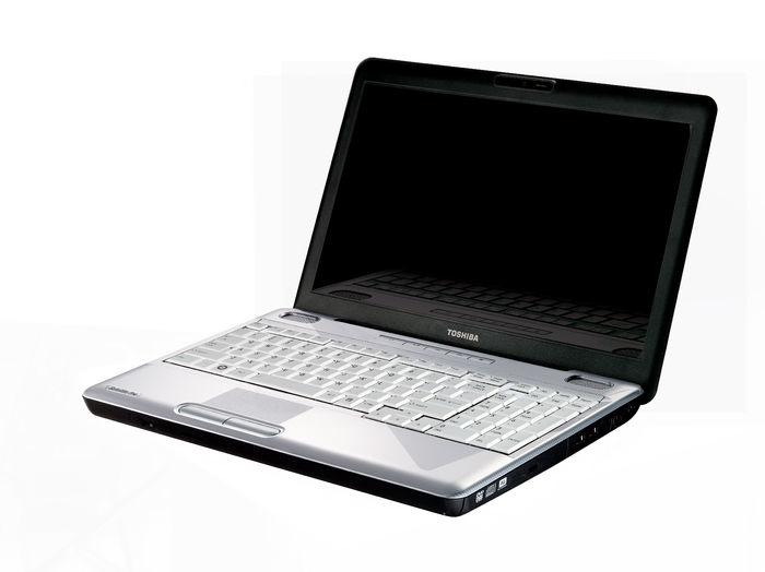 "Toshiba Satellite Pro L500-1T8 2.13GHz i3-330M 15.6"" 1366 x 768Pixel"