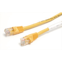 StarTech.com 25 ft Yellow Snagless Category 5e (350 MHz) Crossover UTP Patch Cable 7.62m Giallo cavo di rete