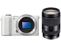 Sony a5000 + 18 - 200mm MILC 20.1MP CMOS 5456 x 3632Pixel Bianco